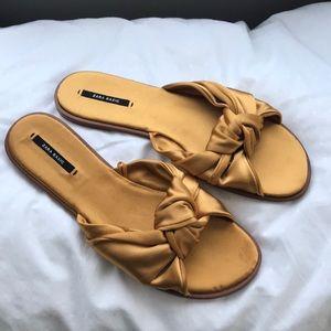 Zara Gold Bow Flats sandals
